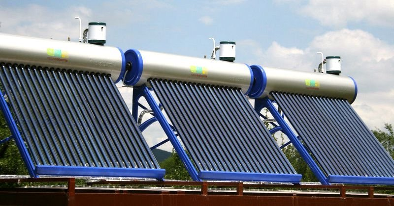 Термосифонный солнечный коллектор пример