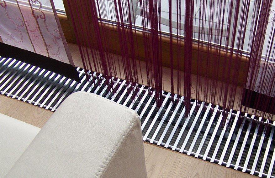 Внутрипольные конвекторы Kampmann в интерьере помещения