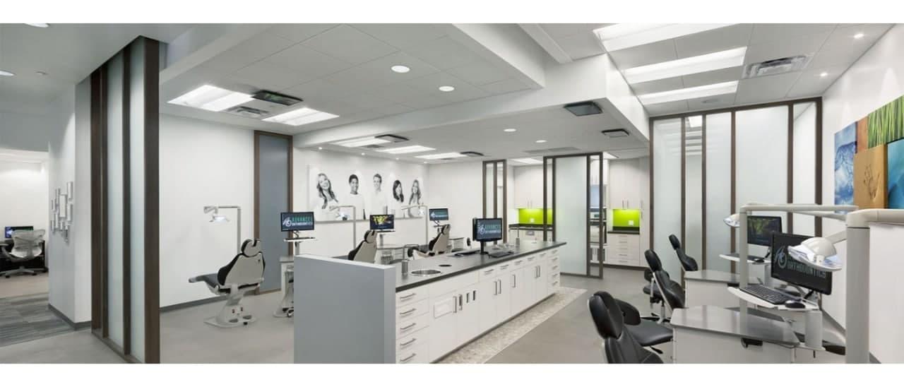 Система вентиляції в невеликому за площею офісі