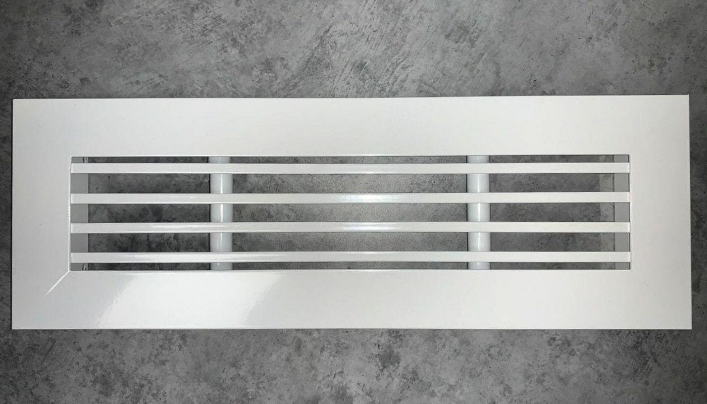 Щелевая вентиляционная решетка
