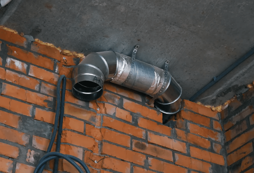 Вытяжка от системы вентиляции